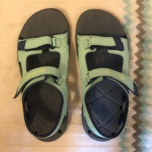 Columbia Water Sandals Girls Size 5